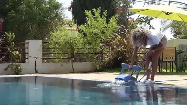 Sortie rapide de la piscine